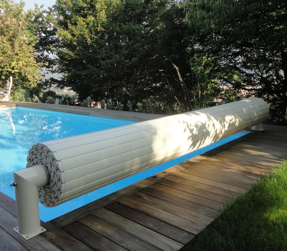 Couvertures piscine automatiques rideau de piscine lectrique - Prix couverture automatique piscine ...